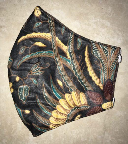 Black feather stash mask